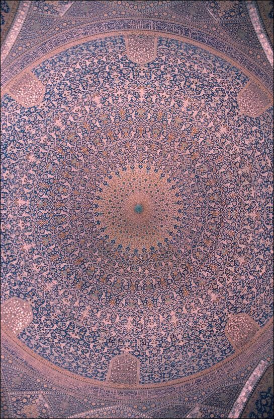 Ceiling of dome inside Masjed-e Shukh Lotfollah, Esfahan, Iran